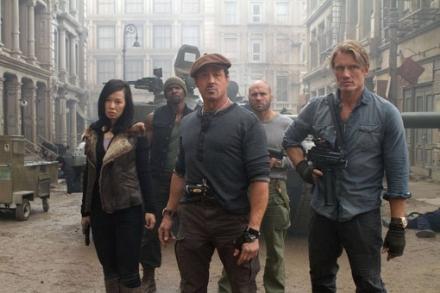 los-mercenarios2-equipo
