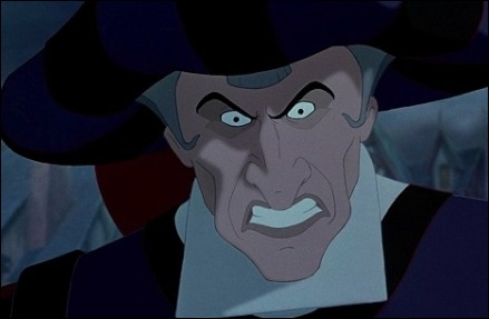juez-frollo-disney