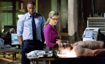 arrow-john-and-felicity