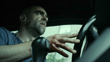 el-desconocido-conduciendo