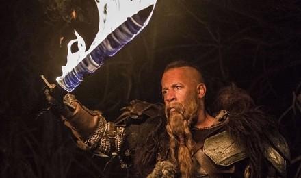 el-ultimo-cazador-de-brujas-espada-fuego