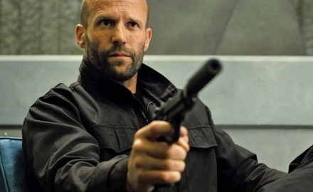 mechanic-resurrection-sentado