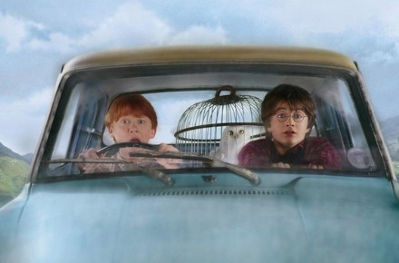 harry-potter-y-la-camara-secreta-coche