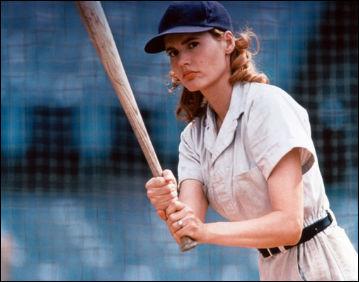 geena-davis-beisbol