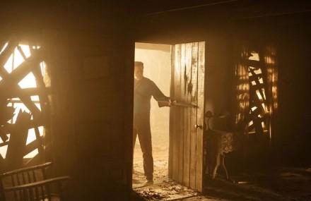ash-vs-evil-dead-cabin