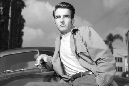 montgomery-clift-smoke