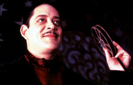 the-addams-family-raul-julia